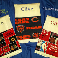 Baby Burp Cloth Chicago BLACKHAWKS Chicago BULLS Chicago Bears Fabric Trim PERSoNALIZED BoUTiQUe Designs by Sugarbear  BaBY BLANKeTS Too!
