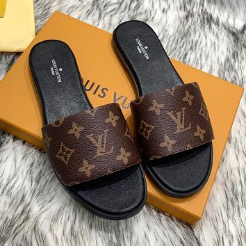LV Louis Vuitton new products printed letters ladies slippers temperament sandals Shoes