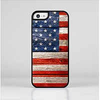 The Wooden Grungy American Flag Skin-Sert for the Apple iPhone 5c Skin-Sert Case