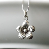 Flower Necklace, Flower Charm, Silver necklace, Sterling Silver Necklace, Flower Jewelry, Sterling Silver Flower, Nature Jewelry