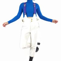 80s White Ski Jumpsuit Vintage Womens Winter Snow Suit Stirrup Jumpsuit Shiny Spandex Overalls Snow Bunny One Piece Zip Up Pantsuit (S/M)