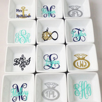 Personalized gift, Jewelry dish,  Ring dish,  Jewelry dish, Monogram ring dish, Jewelery holder, bridesmaids gift, bridal gift