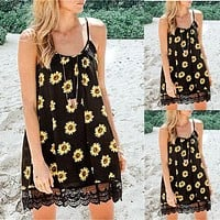 2020 new women's chrysanthemum print sling lace stitching dress