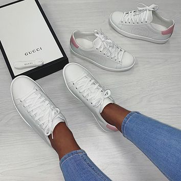 Gucci lace up classic couple's little white shoes