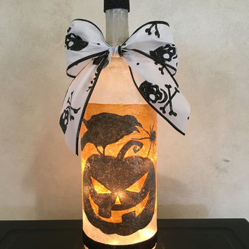 Pumpkin and Crow wine bottle lamp, Halloween decorations, Fall decor, Autumn decor, Halloween party decor