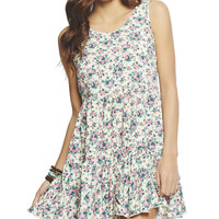 Daphne Tiered Floral Dress | Wet Seal