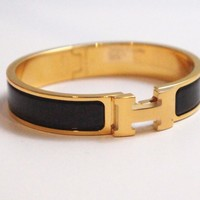 AUTH HERMES PM SMALL CLIC CLAC BLACK WITH GOLD HARDWARE NARROW ENAMEL BRACELET