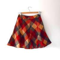 Wool blend checked skirt / rust / orange / cream / grey / vintage / 1970s / mod style / knee length / small / zip / lined / flared skirt