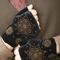 Polonova Velvet Wrist Warmers - Sock Dreams