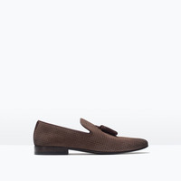 Leather slipper shoes with tassels