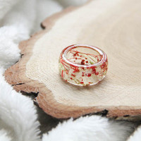 Resin ring with preserved flowers, Transparent resin ring with dried flowers, Terrarium resin ring