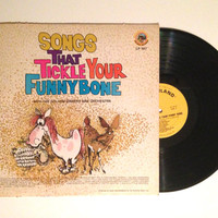 Vinyl LP The Golden Singers and Orchestra Songs That Tickle Your Funny Bone Album Record 1980
