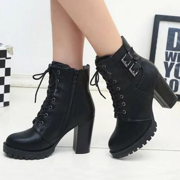 New Black Round Toe Lace-up Chunky Fashion Boots
