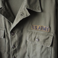 70s Olive Green Military Button Up U.S. Army Fatigue Jacket/Uniform Utility Shirt // Grunge Look, Back to School Style, Unisex Sz XL