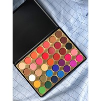 Bella eyeshadow palette