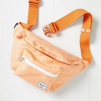 Hip to be Flair Fanny Pack in Tangerine | Mod Retro Vintage Bags | ModCloth.com