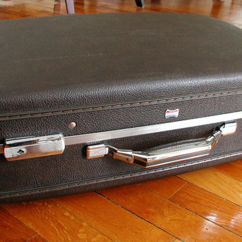 Brown American Tourister Suitcase & KEY - Vintage Luggage