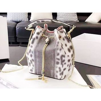 Bvlgari fashionable snakeskin pattern bucket shopping bag popular casual lady shoulder bag Wlhite