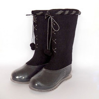 Felted black boots with galoshes