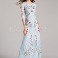 Elegant Embroidery Perspective Maxi Dress