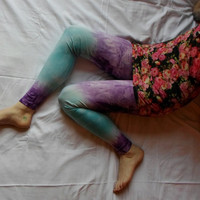 Tie dye leggings. Fresh Green, Blue, Purple. Brighten up your legs. Sz L
