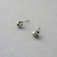 Silver Post earrings, Hammered love knot studs, Woven knot, Small stud, Everyday earrings, Bridesmaid Gift