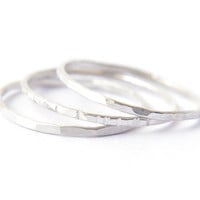 Signe 1mm - 3 silver stacking rings