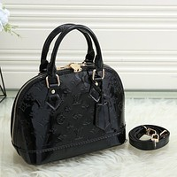 Louis Vuitton LV Hot Sale Personalized Patent Leather Tote Bag Handbag Fashion Noble Lady One Shoulder Messenger Bag