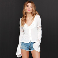 Fashion Lace Slim Long Sleeve Round Necked Button a13334