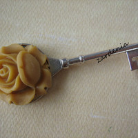 1PC - Antique Silver Key Charm with a 26mm Butterscotch Rose Cabochon - Lead and Nickel Free - 77mm - Findings by ZARDENIA