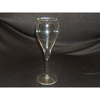 Designer Champagne Fluted 8-1/2in x 3in x 3in Clear Glass -- Used