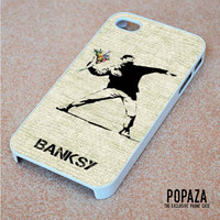 Banksy Throwing Flower iPhone 4 | 4S Case Cover