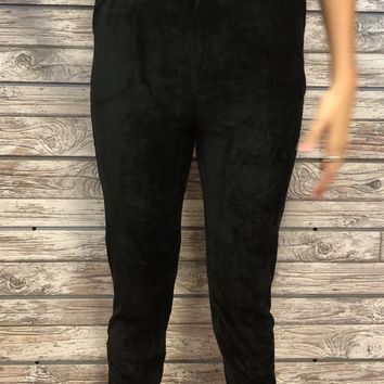 Moving On Joggers- Black