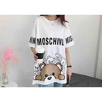 MOSCHINO Holiday Series Women's Fashion Hipster Swing Bear Print T-Shirt F-AA-SYSY white