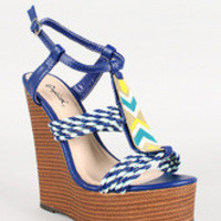 Qupid Strappy Faux Wood Open Toe Platform Wedge