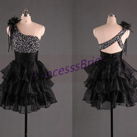 2014 short black tulle prom dresses,unique cute gowns for homecoming party,cheap one shoulder prom dress with sequins hot.