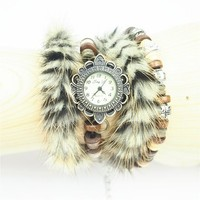 White Handmade Leather Belt and Double Fur Ring Watch DP 0604