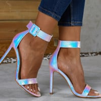 Hot style is a hot seller of sexy women's high-heeled sandals
