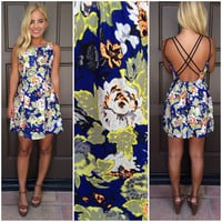 A Touch Of Neon Open Back Floral Print Dress - ROYAL BLUE