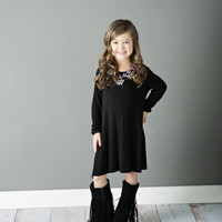 Girls Flowy Dress With ¾ Sleeve and Side Pockets- Black