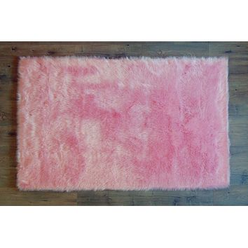 PRE-ORDER Machine Washable Faux Sheepskin Area Rug 4' x 6' - Cotton Candy Pink