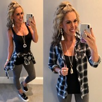 Penny Plaid Flannel Top: Black/White