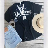 YANKEE LACE UP TEE- NAVY