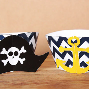 3D Printable Pirate Party Cupcake Wrapper and Topper Set with pirate hats anchors, and jolly roger flag and parrot toppers, INSTANT DOWNLOAD