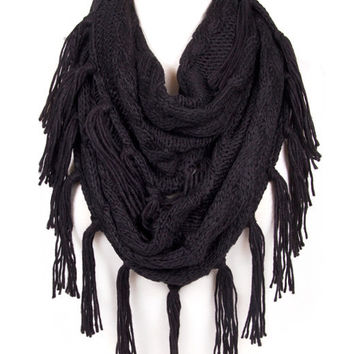 Cozy Tassel Infinity Scarf in Black