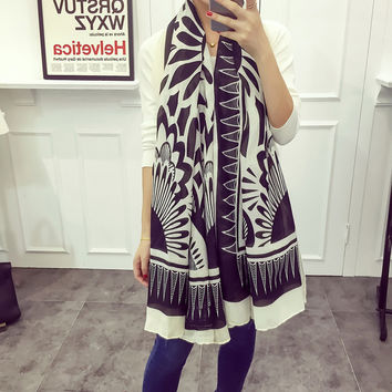 Black White Geometric Twill Cotton Feel Scarf