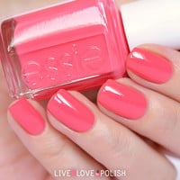 Essie Cute As A Button Nail Polish