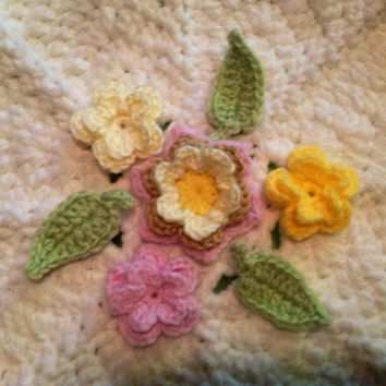 Hand Crochet Flower Appliques Embellishments Shabby Chic-Set 7-Key Lime Pie Sunshine Yellow Taupe Bubblegum Cotton Candy Pink