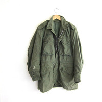 vintage men's heavy duty green Army jacket coat / military parka coat