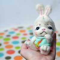 Needle felted white bunny. Cute rabbit. Funny small toy. Nice Easter bunny. Wool miniature animal. Valentine gift.